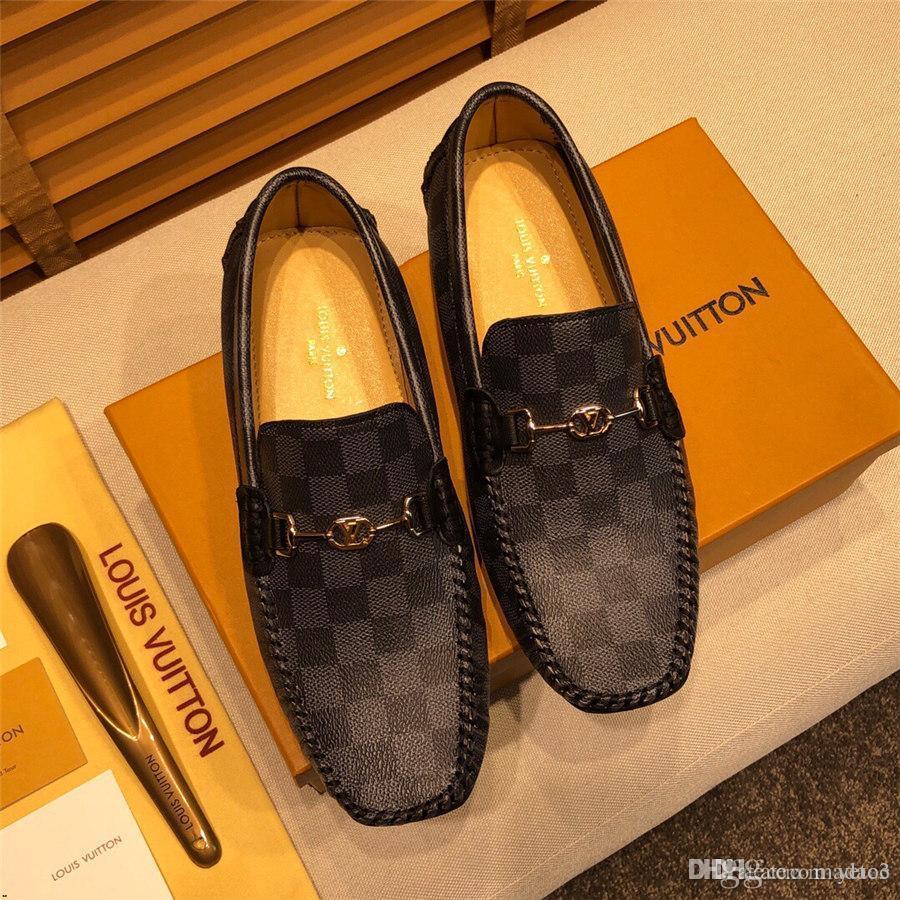 Sapatos 20ss Homens Loafers Luxo Preto pontas de metal Sequins Calçado de vestido tamanho grande 38-46 Casual Man Flats Driving Shoes YETC3