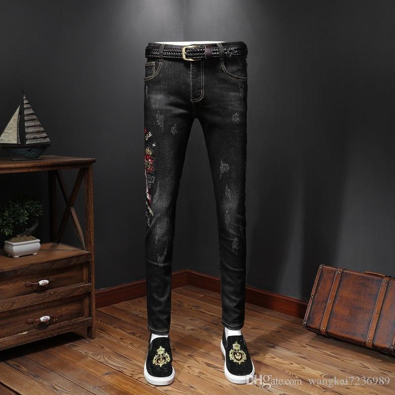 2019 Nouveau Designer Jeans Vieillards Worn Tight Leggings Vêtements de luxe Slim Locomotive Moto Biker Hip Hop Ripped Skinny Jeans A238