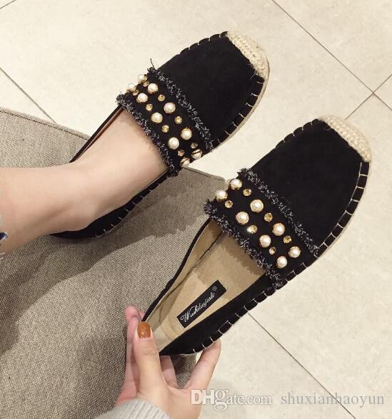 Slip-on Sapatos Franjas Design Mocassins Mulheres Alpercatas Rodada Toe Barco Sapatos Cristais Senhoras Mocassins Verão