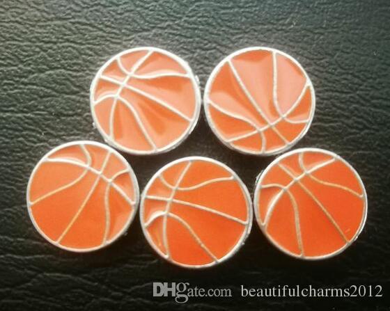 Le charme de glissière de sport de basket-ball de gros 100pcs / lot 8mm fit pour diy 8mm bracelet alphabet accessoires de bracelet