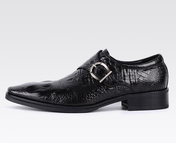 Новые мужчины партия платье обувь крокодиловый узор дышащая мода свадьба повседневная мужская повседневная квартиры высокое качество кожи квартиры носок
