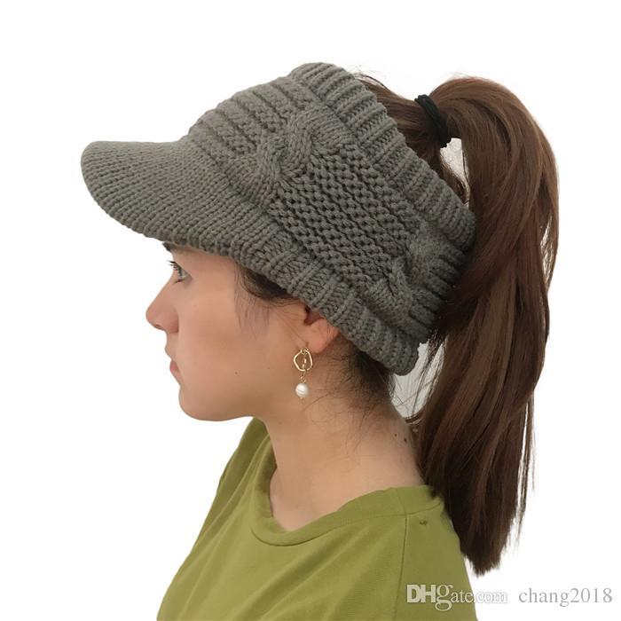 Winter Marke Frauen Ball Cap Pom Poms Winter-Hut für Frauen-Mädchen 'S Hut gestrickte Mützen Kappe Thick Frauen'S Skullies Beanies fg042