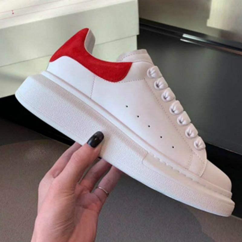 2020 Womens Moda Beyaz Deri Siyah Geri Platformu Ayakkabı Düz Günlük Ayakkabılar Lady Siyah Chaussures Kadınlar White'ın spor ayakkabılar VA2
