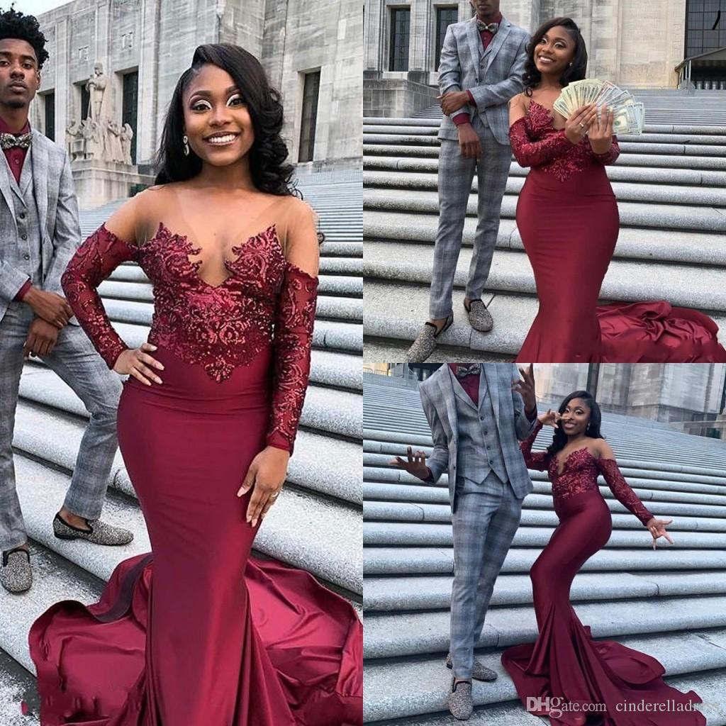 2020 Burgundy Sheer Crew Neck Mermaid Long Evening Dresses Long Sleeves Lace Applique Top Sweep Train Formal Party Prom Dress