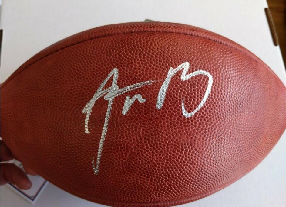 Kapı Futbol topu dışarı Aaron Rodgers iyi İmzalı İmza signatured ABD Amerika rugby Milli Lig spor kapalı /