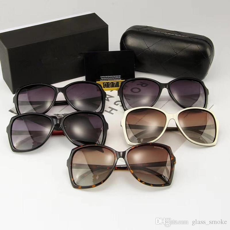 حار العلامات التجارية مصمم النظارات الشمسية المرأة ريترو خمر حماية أنثى الأزياء نظارات شمسية نظارات 5colors العناية الرؤية نظارات
