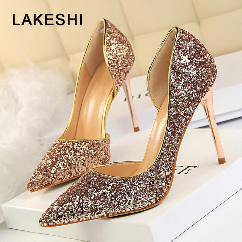 LAKESHI Pompe Extrem Sexy Alta Donne Thin Heels matrimonio femminile del nastro dell'oro Scarpe Bianco donna CJ191217
