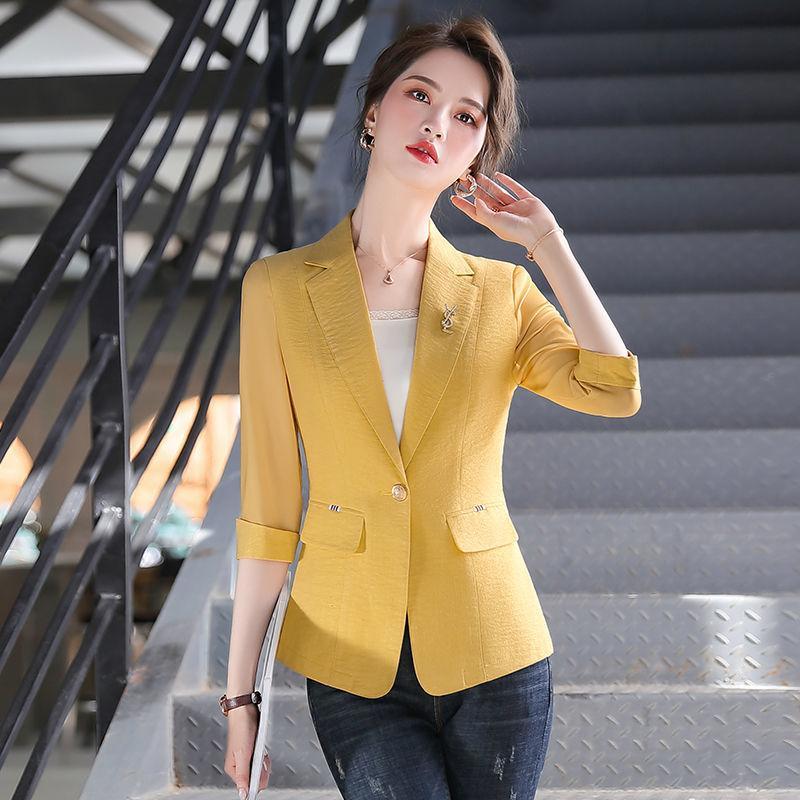 Тонкие блейзеры Женщины костюм 2020 Летние топы Дамы Blazer Корейский Стиль Одноместный кнопки Basic Жакеты Верхняя одежда плюс размер 4XL
