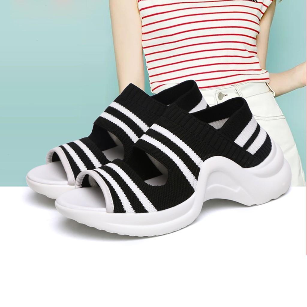 Sport Comfy Sandales d'été pour les femmes Plate-formes Casual Chaussures Femme d'extérieur Sandales Boucle Sangle talon bas épais Sandalias Bas