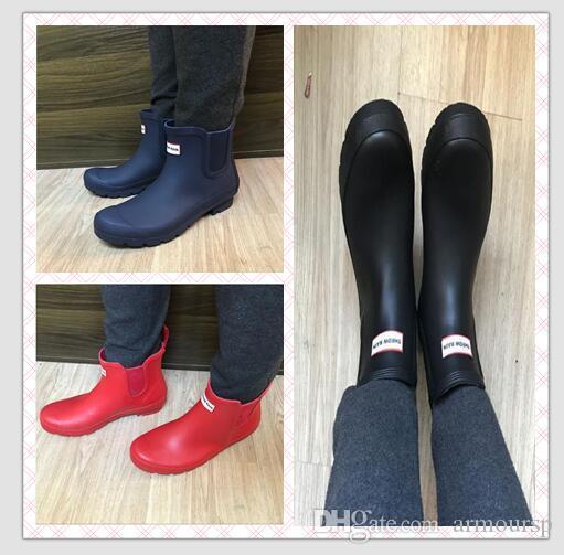 2018 cargadores de la rodilla nuevo alto cargador de lluvia tobillo de las mujeres Rainboots Sra brillante Wellington lluvia botas de goma entrega rápida