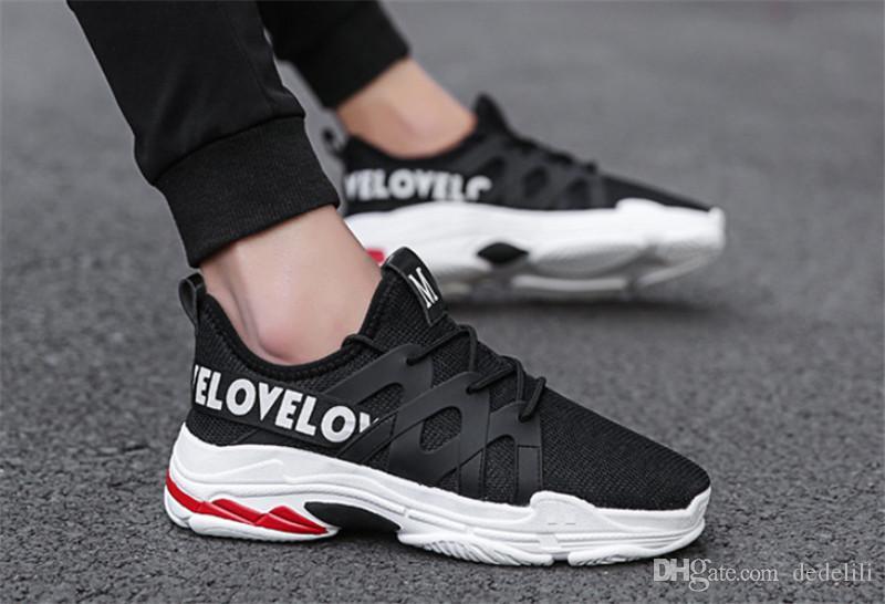 2020 vendita calda della maglia di modo selvaggio Designer Shoes Triple S scarpa da tennis Abito De Luxe Sneakers Nero Uomo Grigio Scarpe da corsa