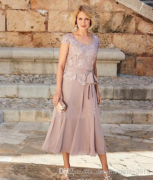 Gorgeous Dusty Rose Pink Mother Of The Bride Dresses Short Sleeves Jewel Tea-Length Plus Size Groom Suits Gowns Weddings Wear