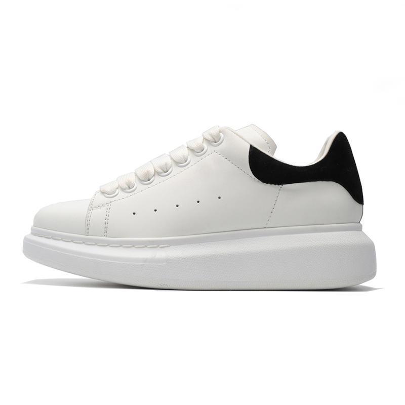 2020 chaussures de marque pour hommes, femmes chaussures de sport de la plate-forme de mode triple suède en cuir blanc noir mens décontracté appartement confortable dsize 36-44 L14