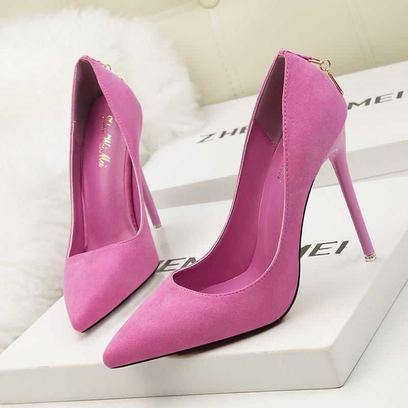 Женщины Основные высокие каблуки 2019 Женские туфли моды офис дамы обуви скольжения на сжатом шпильках насосы элегантный Zapatos де Mujer