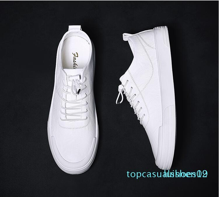 vahşi düz deri dantel rahat ayakkabı t19 Avrupa istasyon erkek ayakkabıları 2019 yeni küçük beyaz ayakkabılar erkek Kore versiyonu