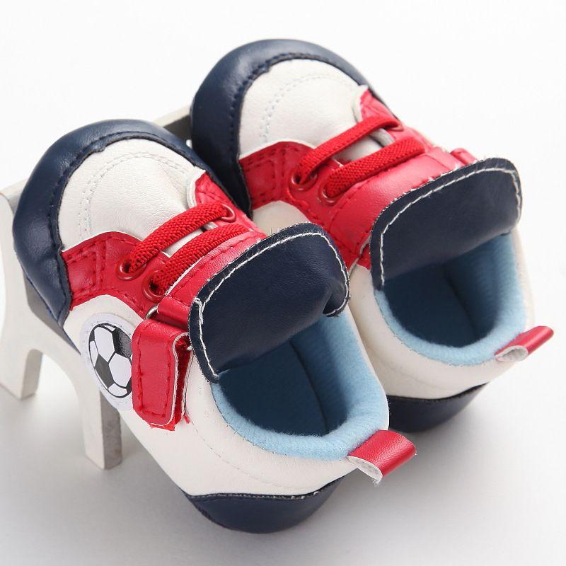 Новорожденный ребенок кроссовки Мода малышей Обувь Мальчики Девочки Мягкое дно Обувь для младенцев Дети Дизайнер Спорт Первый ходунки J191006