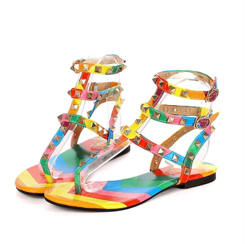 Myfitgo Beach Infradito Sandali estate delle donne sandali piani delle donne casuali Rivet Solid Scarpe Fibbia Cinturino gelatina di plastica per ragazze CS01