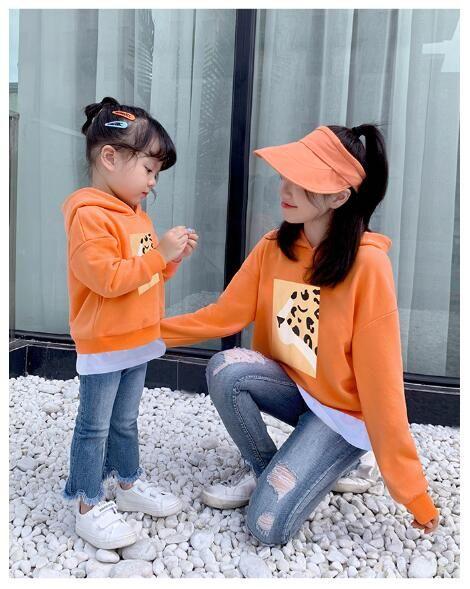 2019 İlkbahar Sonbahar uzun kollu baba kız bebek kız erkek tişört turuncu elbise Aile kıyafetler yeşil Eşleştirme