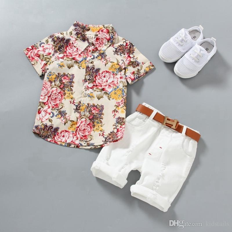 Camicie Ragazzo del bambino i vestiti del bambino floreale bianco Shorts insiemi 2pcs manica corta in Gentleman Ragazzi abiti casual Abbigliamento bambino 2 disegni DW4227