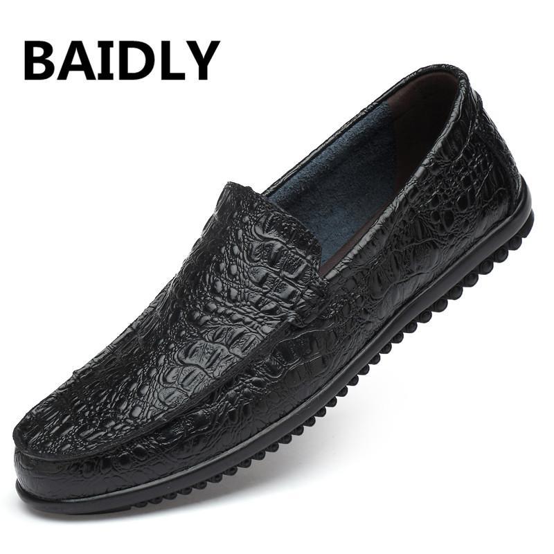 Los nuevos hombres zapatos de cuero genuino ocasional de la manera Slip Hombre zapatos de cuero de la marca de boda de los hombres de los holgazanes del tamaño grande