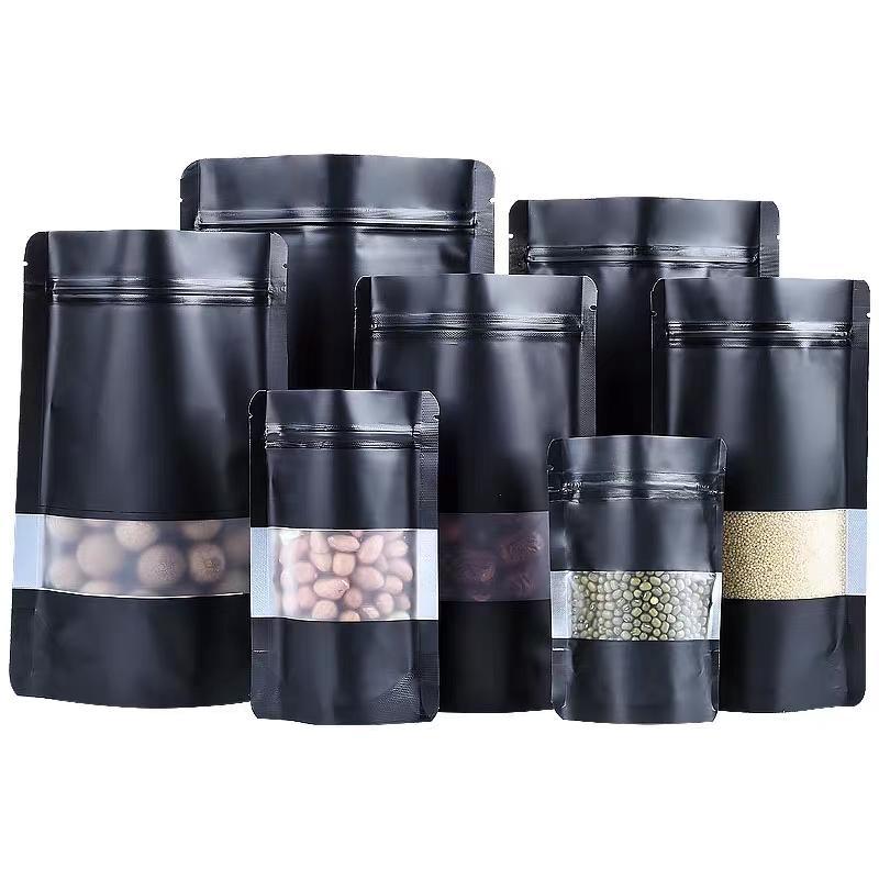 100pcs Matte Black Stand Up Zip fechamento da embalagem Sacos com Limpar em frente sacos diferentes tamanhos seco de armazenamento de alimentos Mylar de alumínio com rasgo N