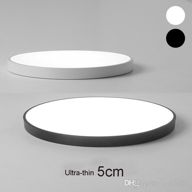 Le plafonnier ultra-mince de Macaron LED de 5cm allume le luminaire télécommandé pour le balcon / salon / cuisine / balcon / allée