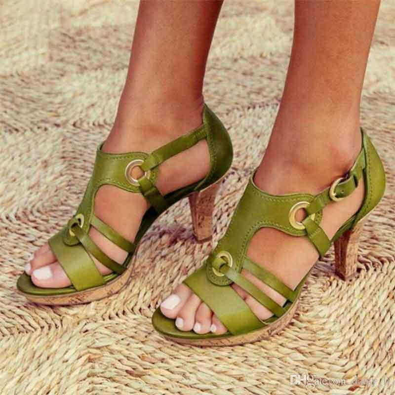 Frauen-Absatz-Wölbungs-Bügel Sandelholz Weibliche Abdeckung Heel Mode Sandalen 2020 Sommer-Damen Schuhe Schuhe 34-43 # 16