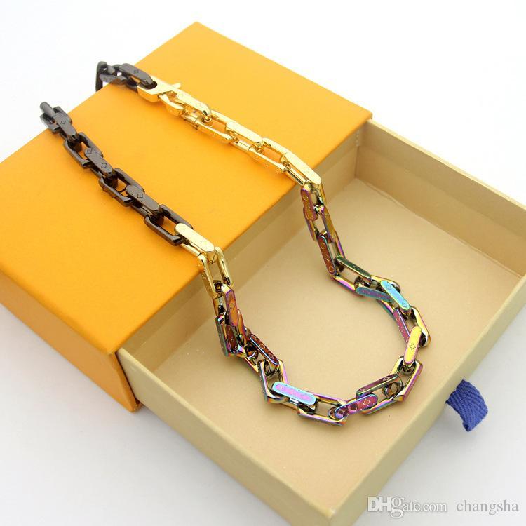 Men 316L Titanium Steel Necklace 18K Gold Plated Colored V Letter Thick Clover Necklace Engrave Four Leaf Flower Necklaces Lovers Gifts