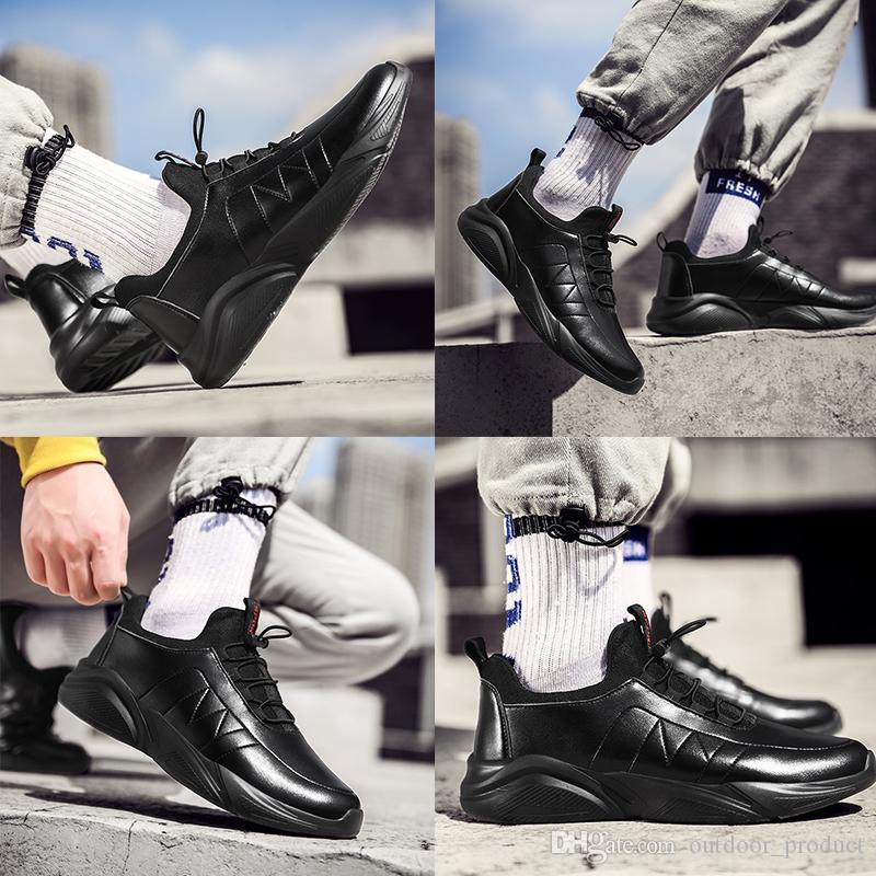 Nova Moda Correndo Tênis Para Homens Mulheres Triple Preto Branco Plataforma de Couro Esportes Sneakers Homens Homens Marca Made in China