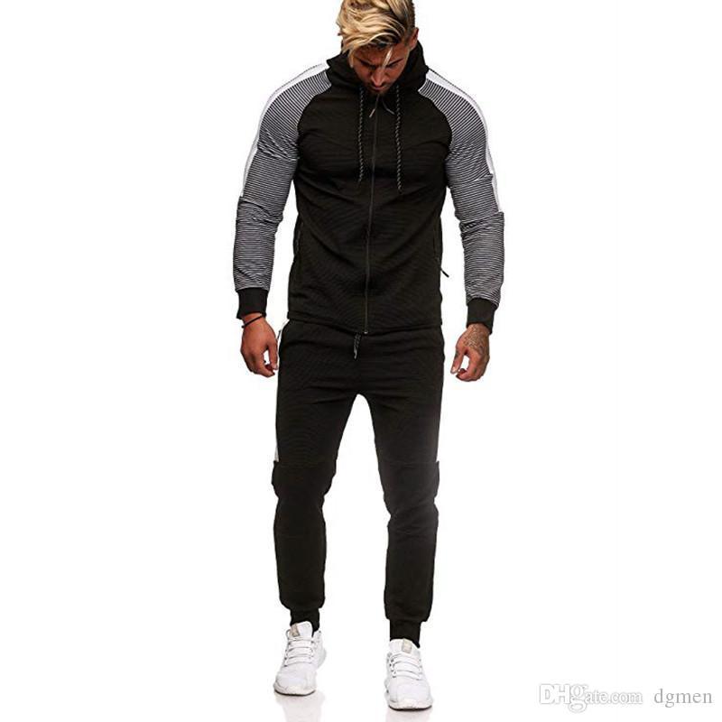 شريط نصب منصة مصمم رجالي رياضية موضة زيبر جيوب سروال نصب منصة طويل مقنع الرجال 2PCS مجموعات عارضة الذكور الملابس