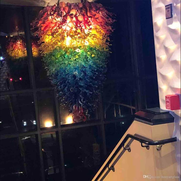Longree Decorazioni di Natale colore dell'arcobaleno Large Size Murano Art Luci del pendente LED a mano soffiato Lampadari di vetro sulle vendite