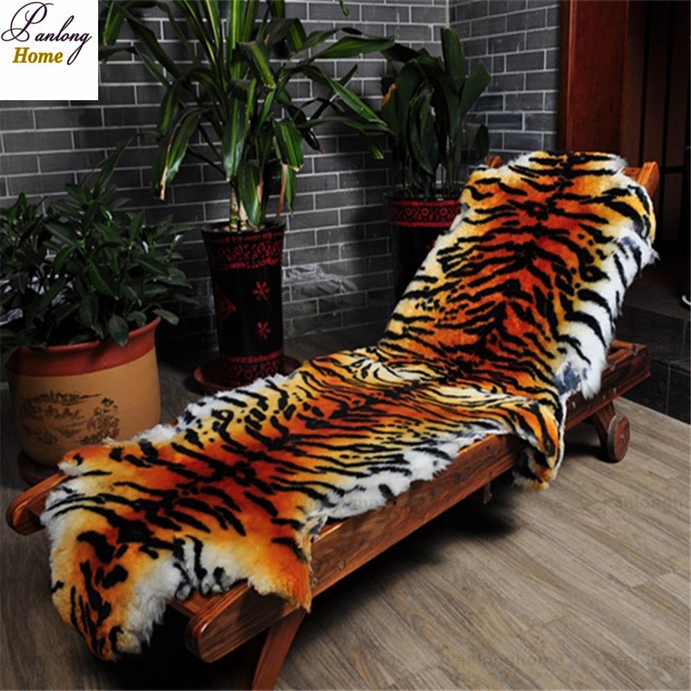 Panlonghome 2018 Imitate Der Tiger-Pelz-Teppich aus Wolle Teppiche Schlafzimmer Wohnzimmer im europäischen Stil Ganze Sheepskin Sofakissen