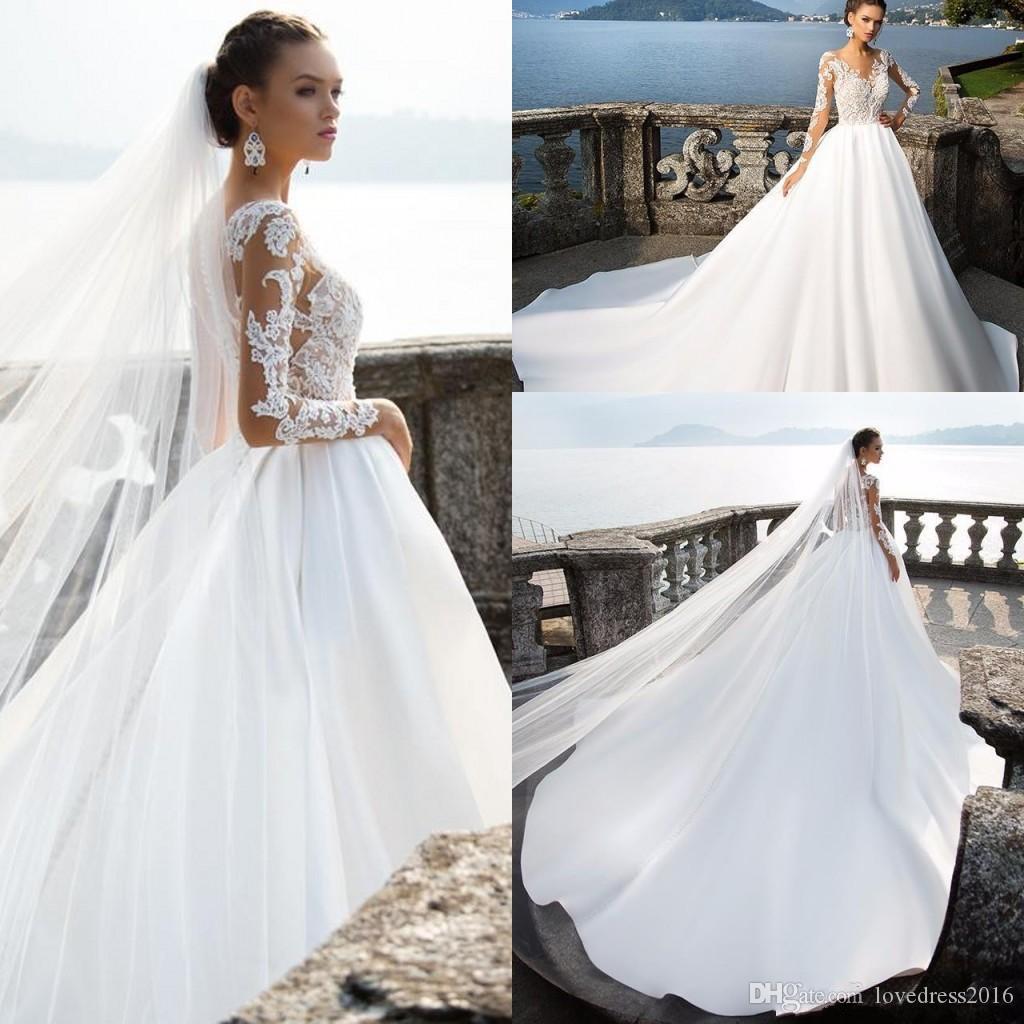 Nuova Corte dei treni Raso una linea di abiti da sposa 2019 Lace Applique maniche lunghe Bottoni posteriore sexy Abiti da sposa per la sposa