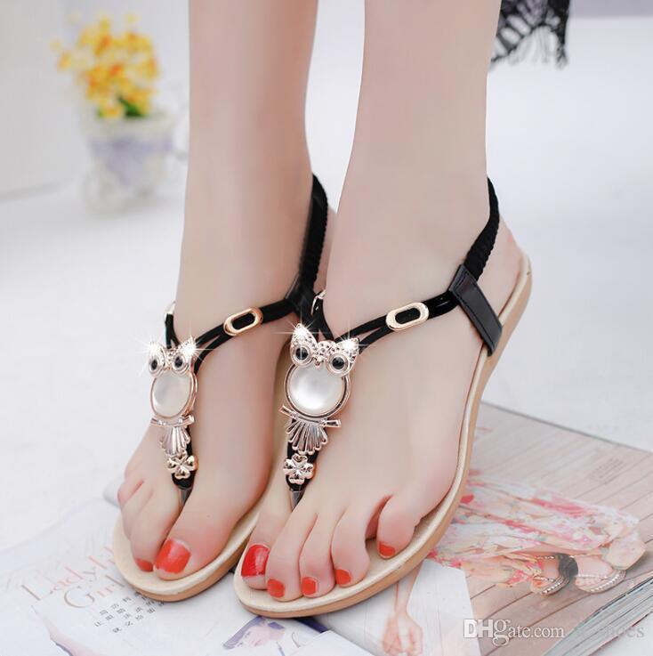 Sandales sandales plates national de vent féminin été perles de diamant hibou perles chaussures de plage à plat avec les chaussures romaines