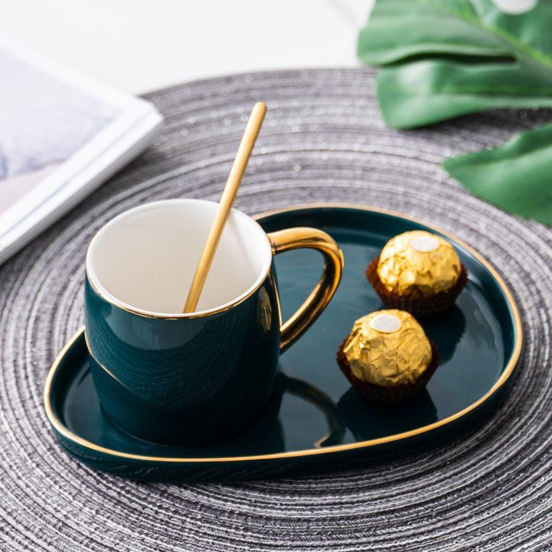 머그잔 빵 접시 일본식 고급 커피 컵과 접시 오후 차 디저트 접시 세라믹 머그잔 컵 스푼