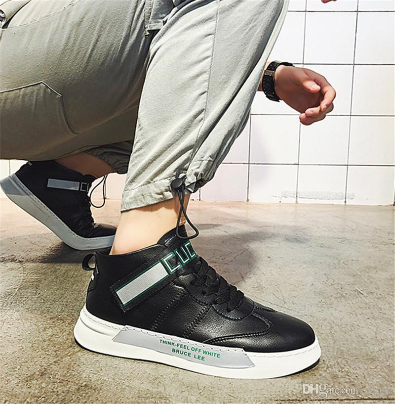 2019 de haute qualité mode sauvage Mesh Designer Shoes Triple S Sneaker Robe légère Sneakers sauvage de quatre couleurs Hommes Chaussures de course en plein air