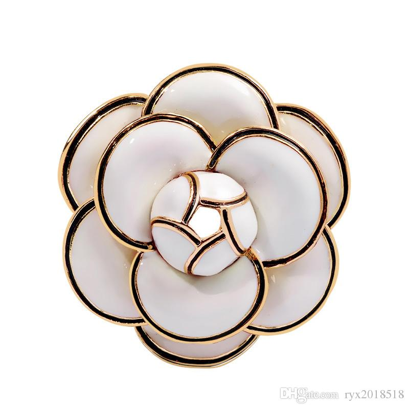 Designer Camellia Brooches High Quality Enamel Flower Brooches Multi-layer Petals Pins Fahsion Jewelry Gifts for Men Women White Black