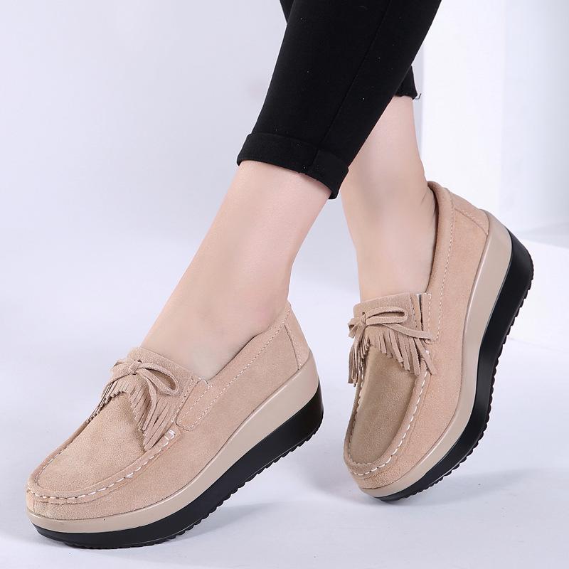 de tamanho grande espessura de balanço Sapatos Primavera New Products As mulheres calçados casuais borlas Doce Mulheres Platform Extra Alta respirável