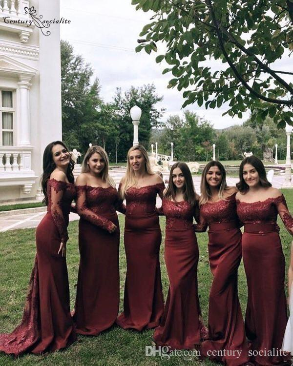 Burgundy Bridesmaid Dresses Long Sleeves Off Shoulder Sheath Button Back Lace Appliques Prom Party Gowns Wedding Guest Dresses