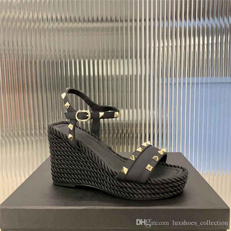 La piel de becerro trenzadas sandalias de la cuña de las señoras de vacío de tiras remache electrochapado base gruesa sandalias de moda de tacón alto