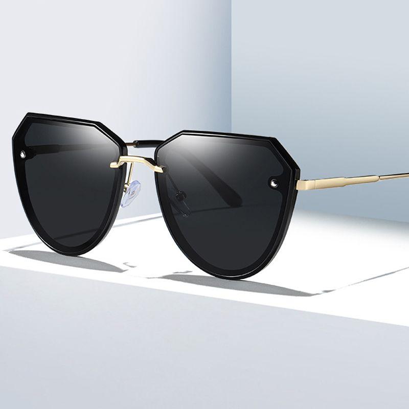 Новый стиль дамы поляризованные очки HD видение моды женщин солнцезащитные очки Brand Design Anti-ультрафиолетовое Full Frame Классические солнцезащитные очки