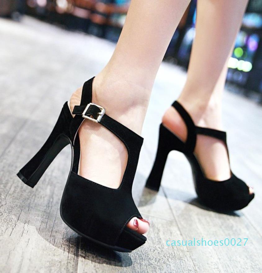 Artı boyutu 32 33 34 35 40 41 42 43 çapraz kayış platformu kalın topuklar moda lüks tasarımcı bayan ayakkabı yüksek topuk sandalet C27 için