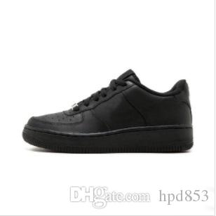 2019 HAUTE QUALITÉ NOUVEAU Classic Classic Classical High and Bas Low Black Black Bheat Hommes Femmes Sports Chaussures Forçant Skate Sneakers 5566