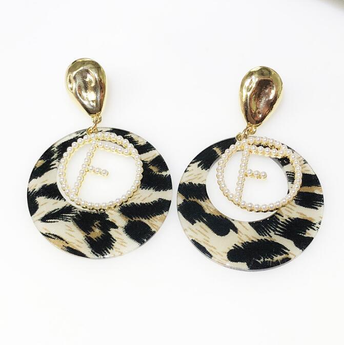 2019 vendita calda Designer Lettera ciondola gli orecchini per le donne del leopardo di modo Orecchino gioielli regalo in oro e argento