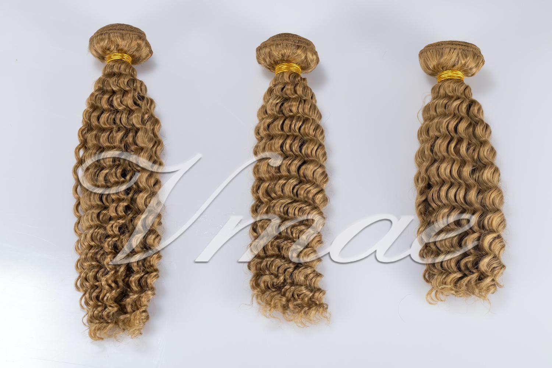 Rohboden Europäische Jungfrau-Haar verworrene lockige 100% Echthaar Weaves Wellig 3 Bundles Grade VMAE Haarprodukte verworrene lockige Verlängerungen