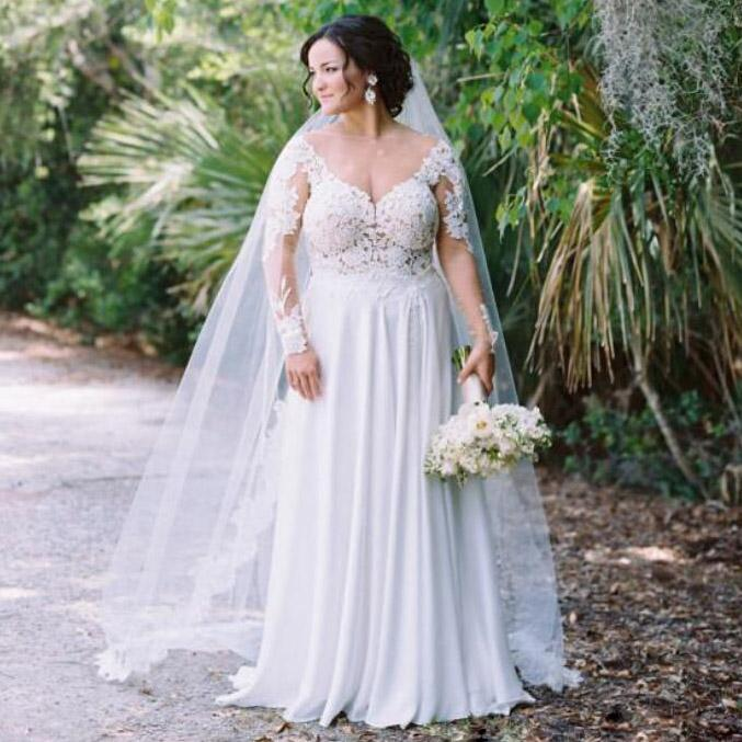 Sexy Backless Plus Size Wedding Dresses Bridal Gowns 2020 Long Sleeves Deep V Neck Chiffon Beach Bridal Gowns Dress