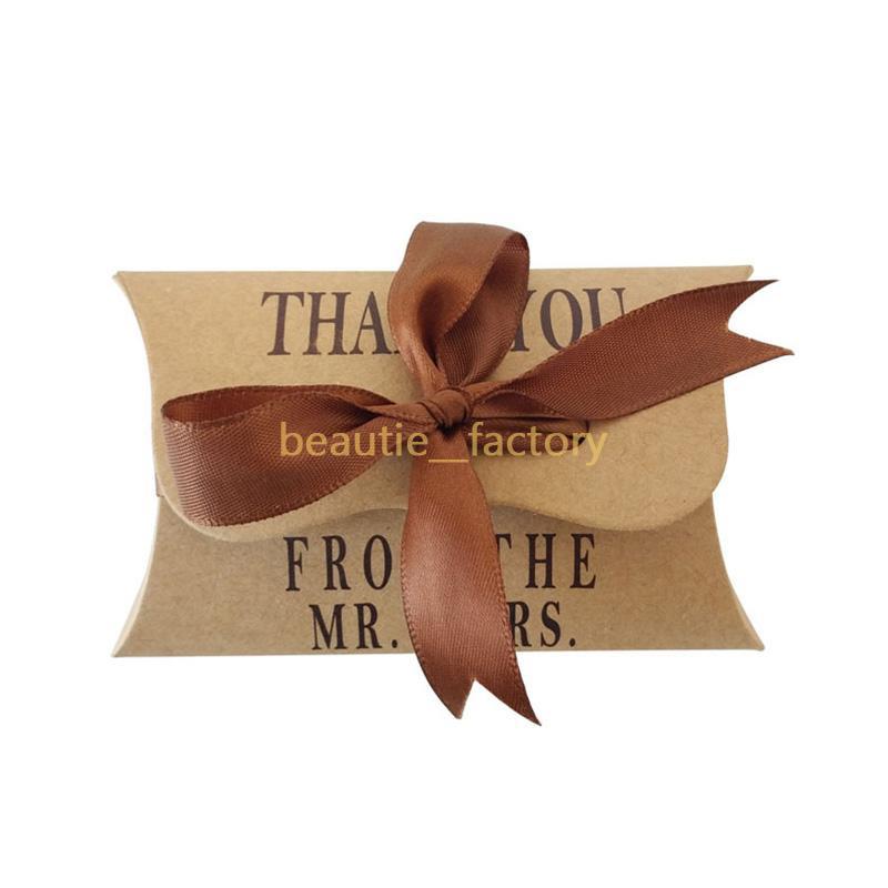 50pcs kraft papier coussin de bonbons boîtes de bonbons avec ruban cadeau cadeau anniversaire anniversaire mariage boîte de chocolat unique et beau