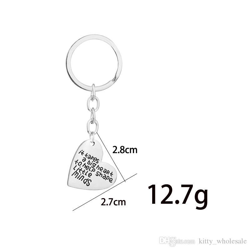 HYS209 은색 합금 열쇠 고리 편지 인쇄 심장 모양 열쇠 고리 '작은 마음을 형성하는 데 큰 마음을 필요로한다.'귀여운 애호가 선물 반지 DHL