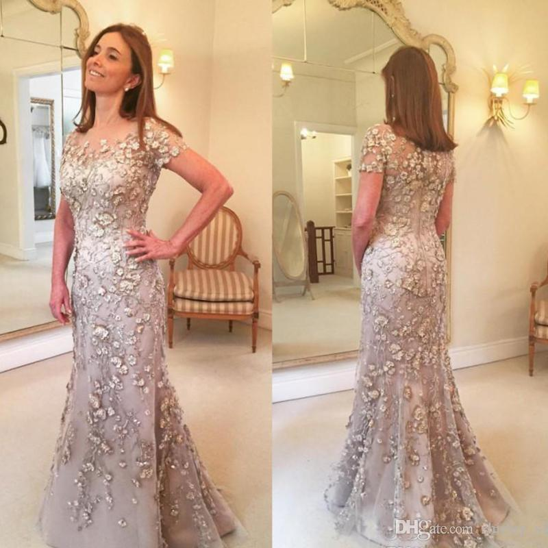 Elegant Champagne Mother of the Bride Dresses Short Sleeves Lace Long Formal Wedding Party Guests Gowns Plus Size Evening Dress