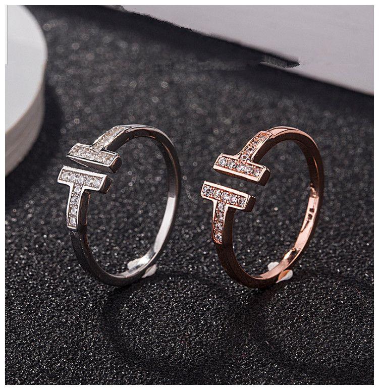 다이아몬드 T는 연인 선물 고급 보석을 설정 925 스털링 실버 디자이너 커플 여성이 결혼 약혼 반지와 결혼 반지